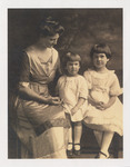 Emily Loveridge's Half-Sister and Nieces